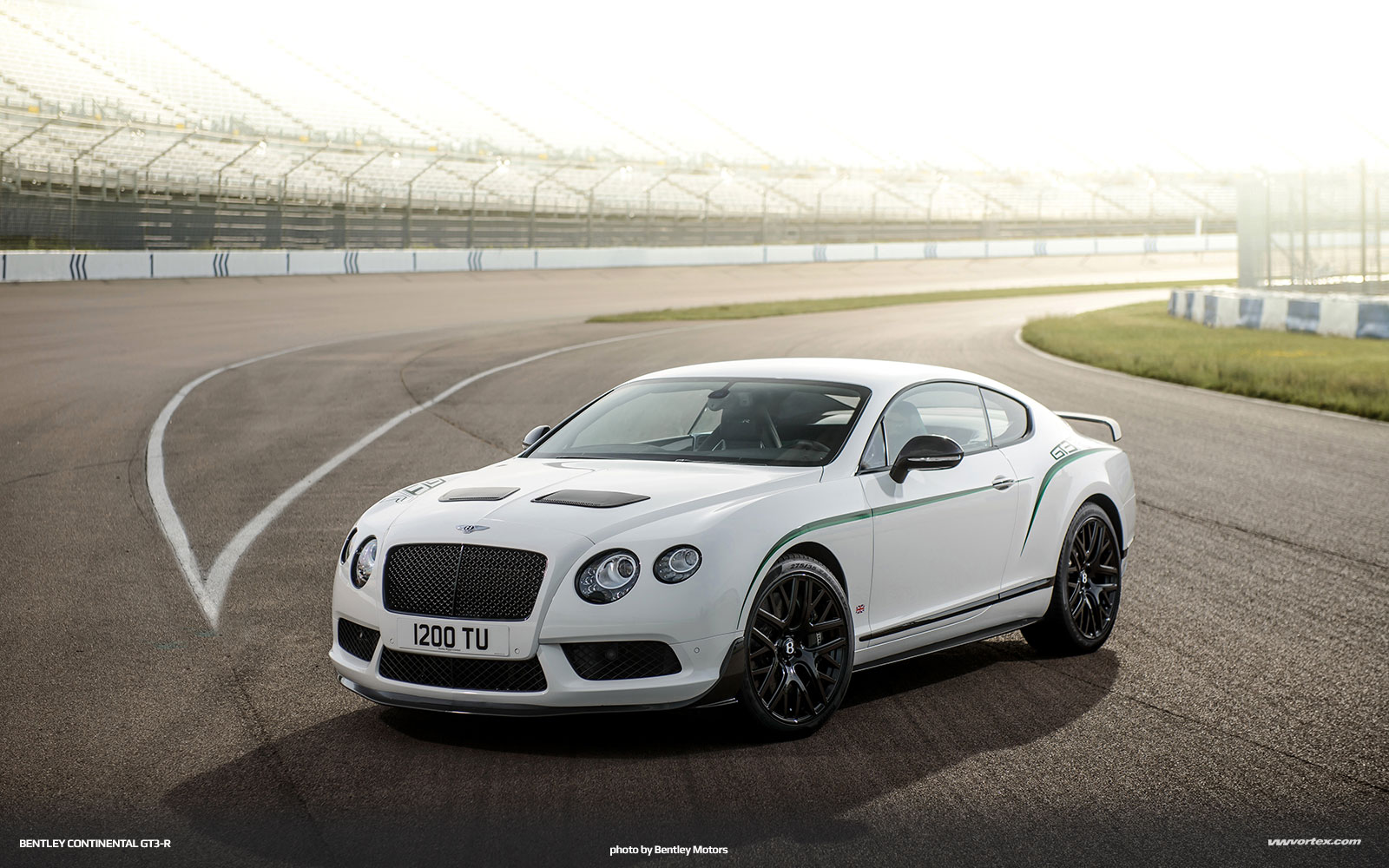Bentley GT3 R 2 150x150