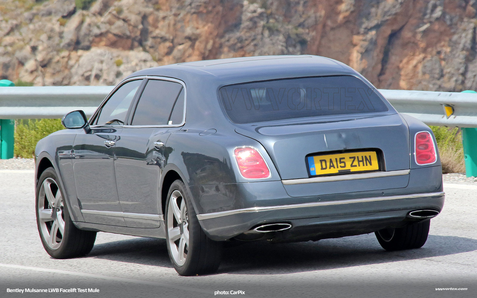 Bentley-Mulsanne-LWB-test-mule-facelift-519