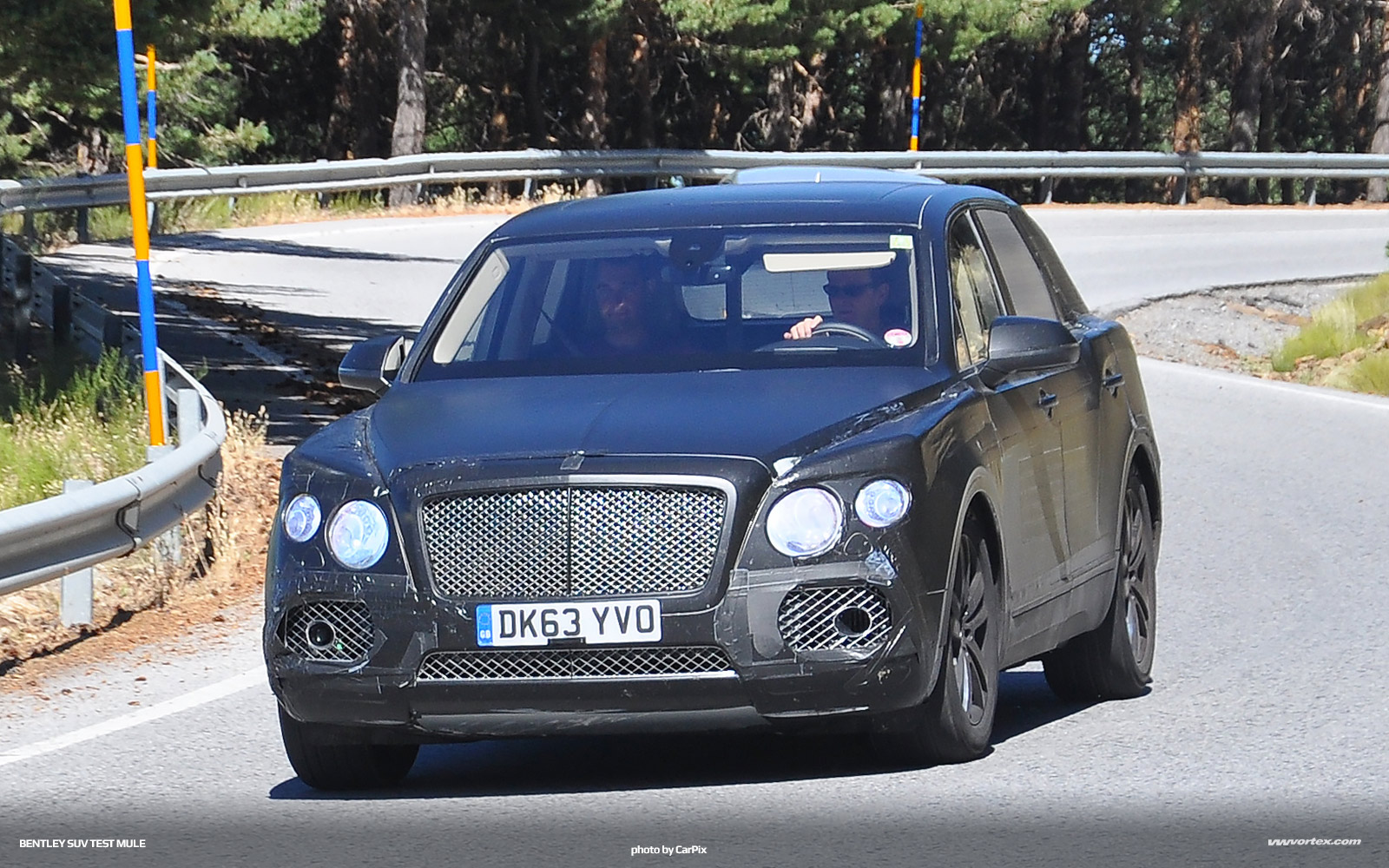 bentley-suv-mule-3-363