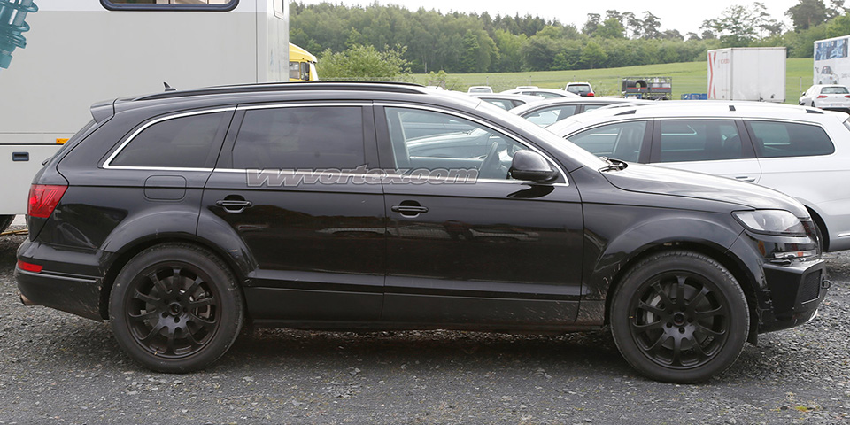 bentley suv mule spy photos 3641