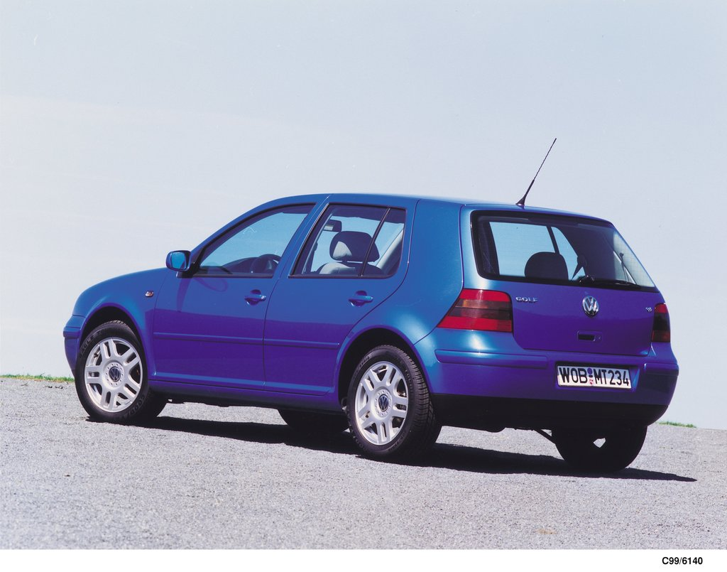 Product: Golf IV (1999)