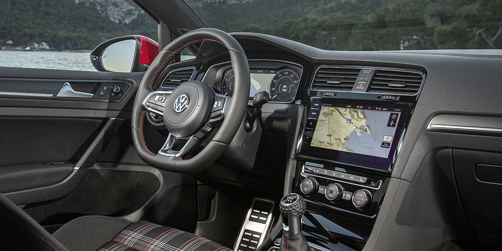 Top 10 Affordable Cars With Surprisingly Higher End Interiors