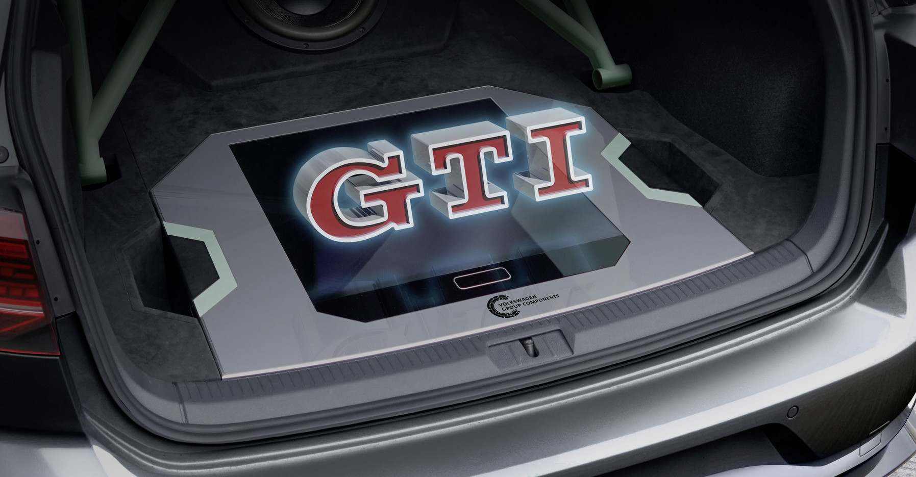 World premiere: An interplay of light and lightness – a hologram in the GTI