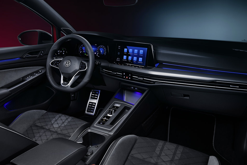 Audi Movable Spoiler2 600x300 photo