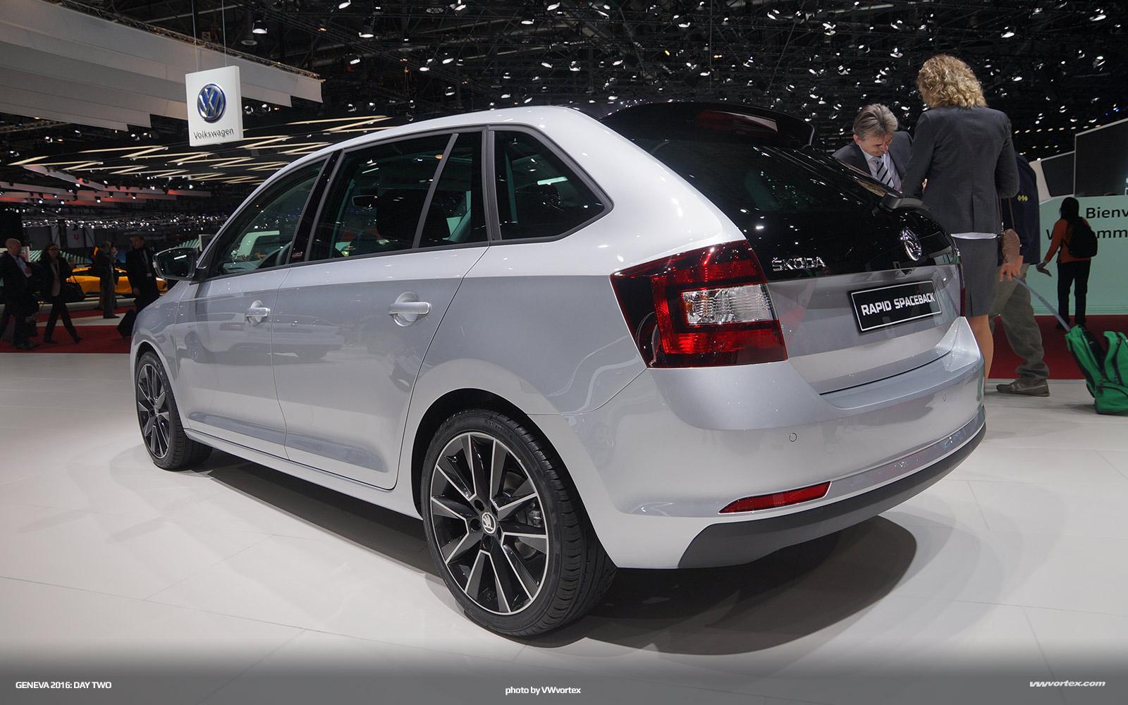 Review: The 2017 Audi A4 - Fourtitude.com