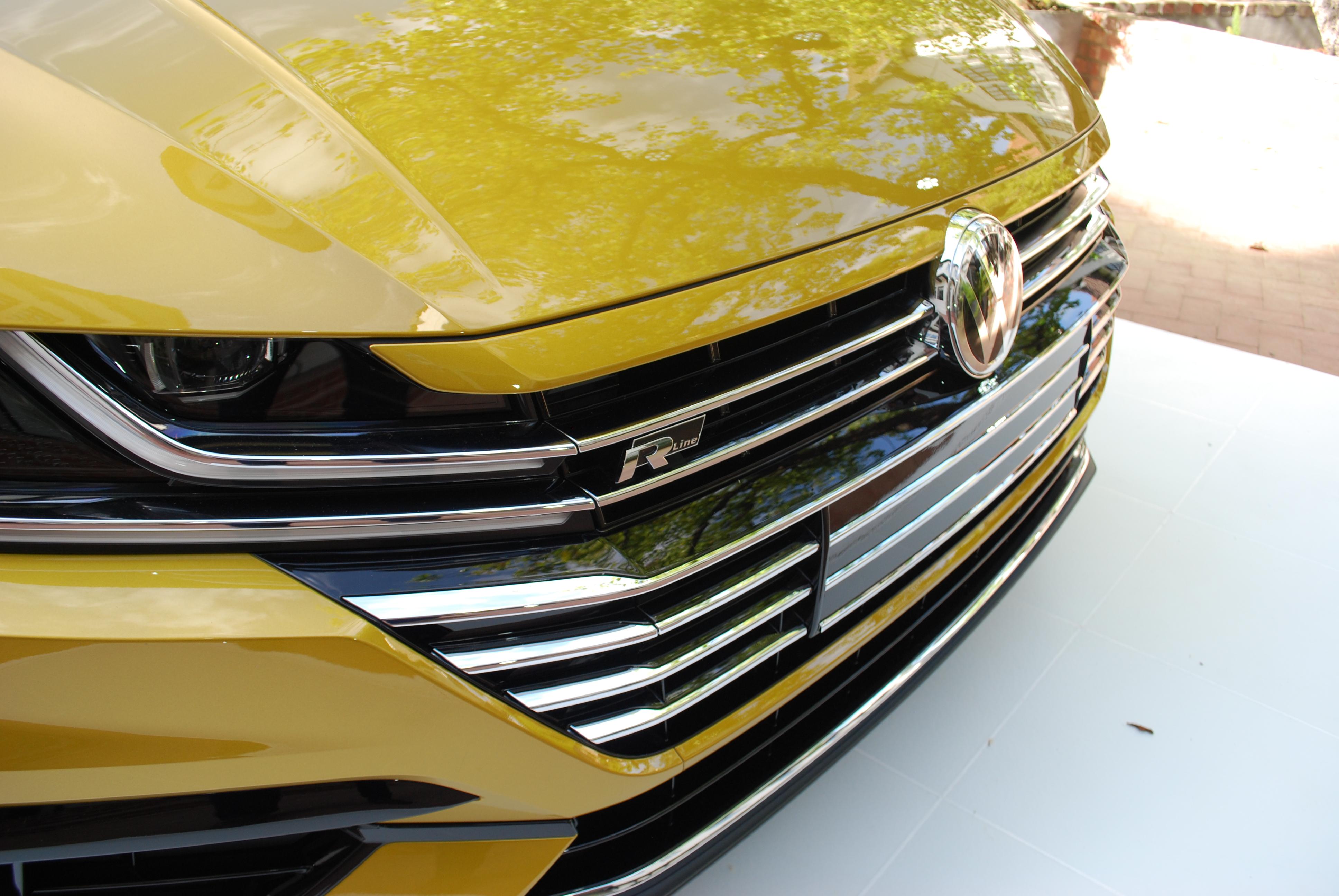 Audi red white blue photo shot maddox kay keyes audi 294 110x60 photo