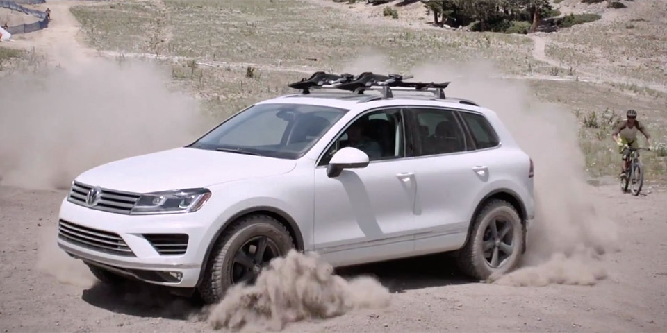Tanner Foust Vw >> Video Tanner Foust Races Cyclists Down A Mountain Vwvortex