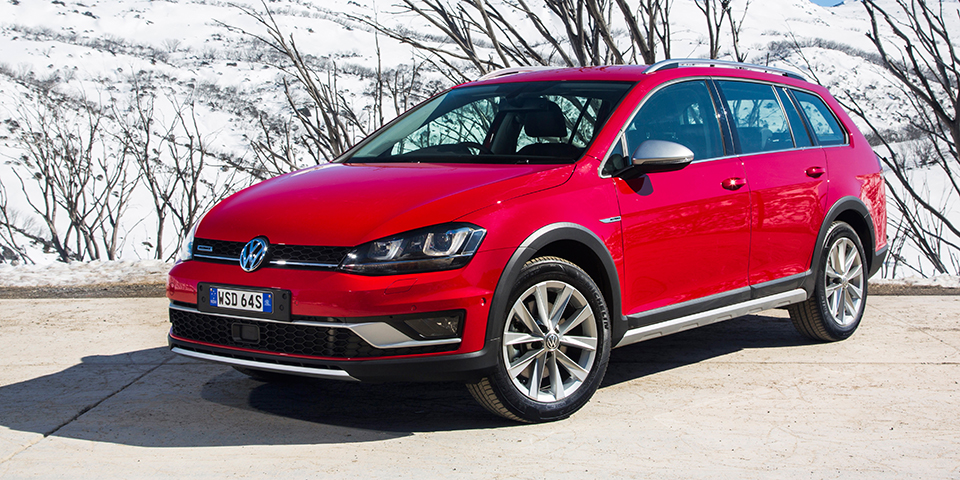 Volkswagen Golf Alltrack Wins Best Small Suv At Drive S 2017 Car Of The Year Awards