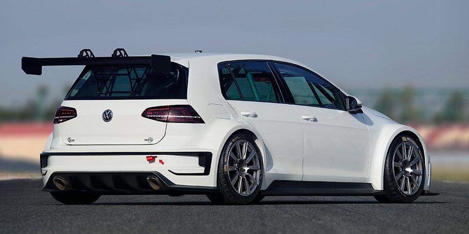 golf-mk7-rear34