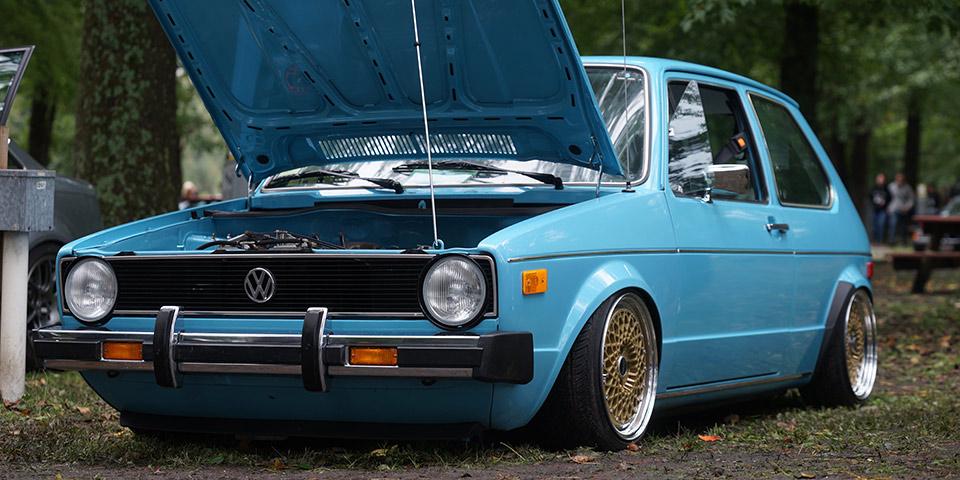 racing colour r181 110x60 photo