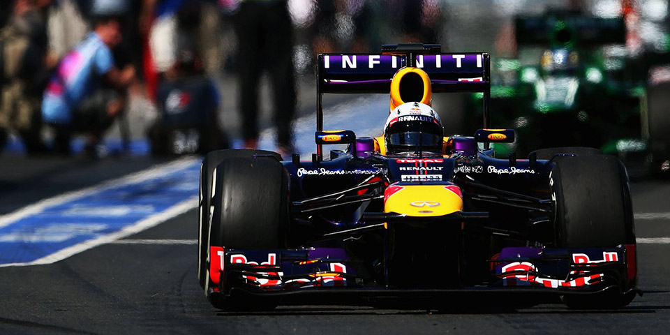 infiniti red bull racing garage tour 110x60