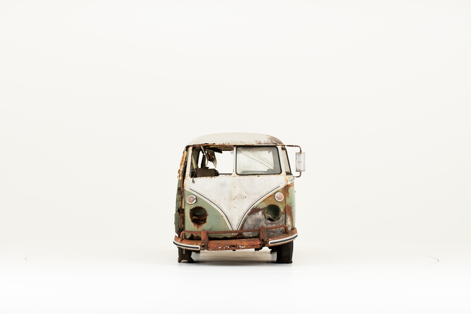 Jenkins_Bus_1966_Volkswagen_Type_2-Small-10205