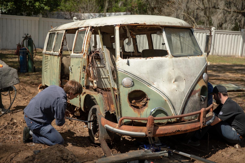Jenkins_Bus_1966_Volkswagen_Type_2-Small-10206