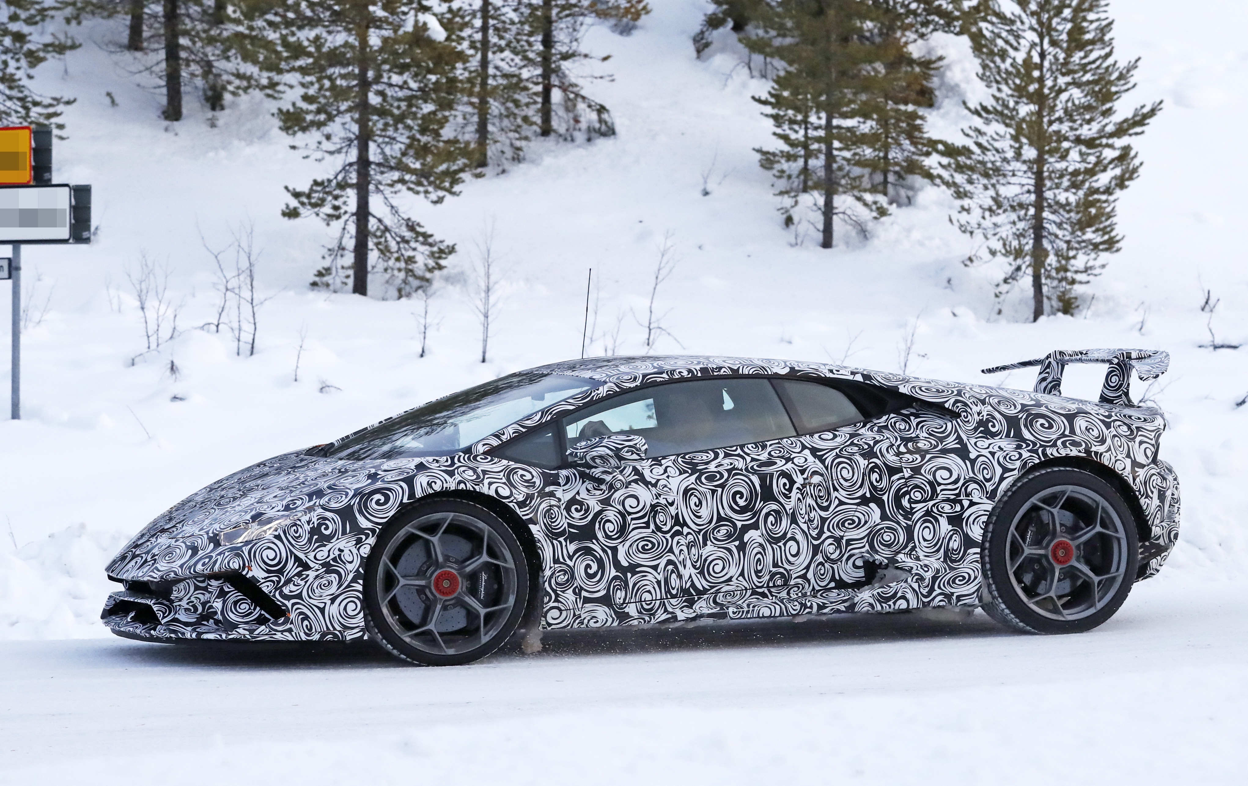 Lamborghini Huracan Superleggera winter 4