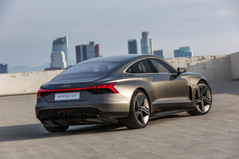 Large-Audi-e-tron-GT-concept-5123