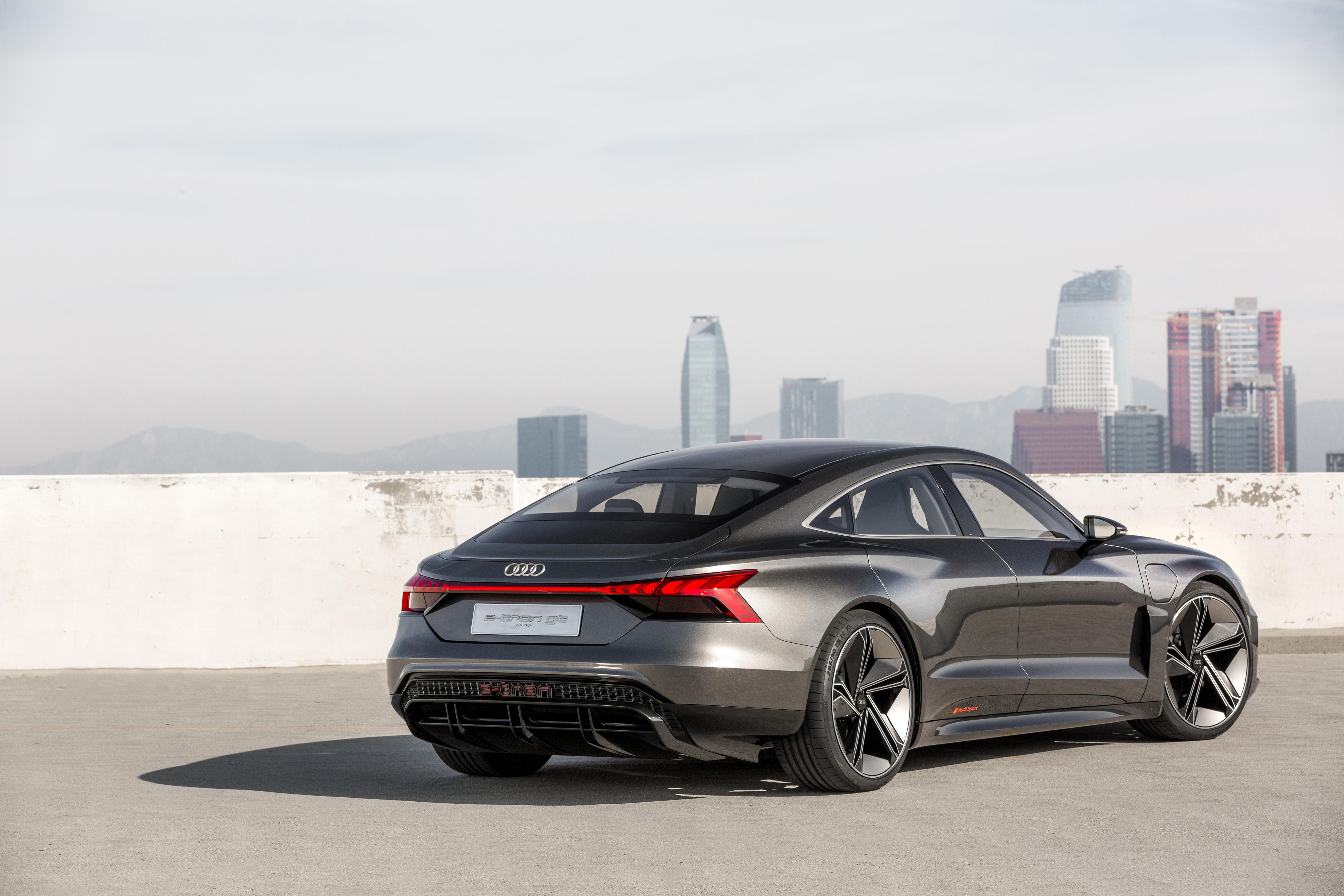Large-Audi-e-tron-GT-concept-5130