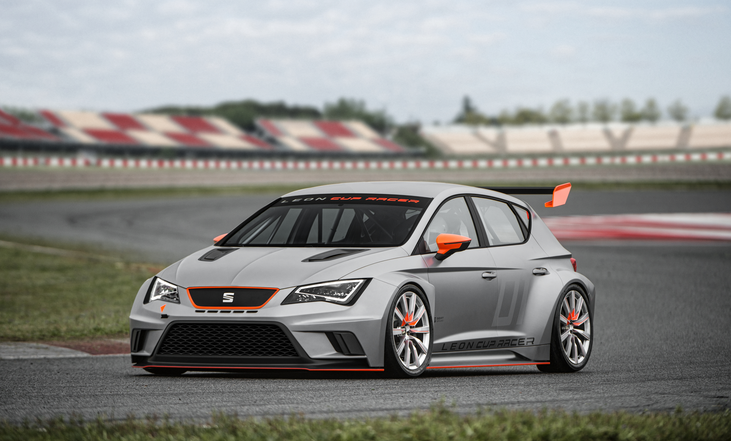 Leon Cup Racer09 110x60