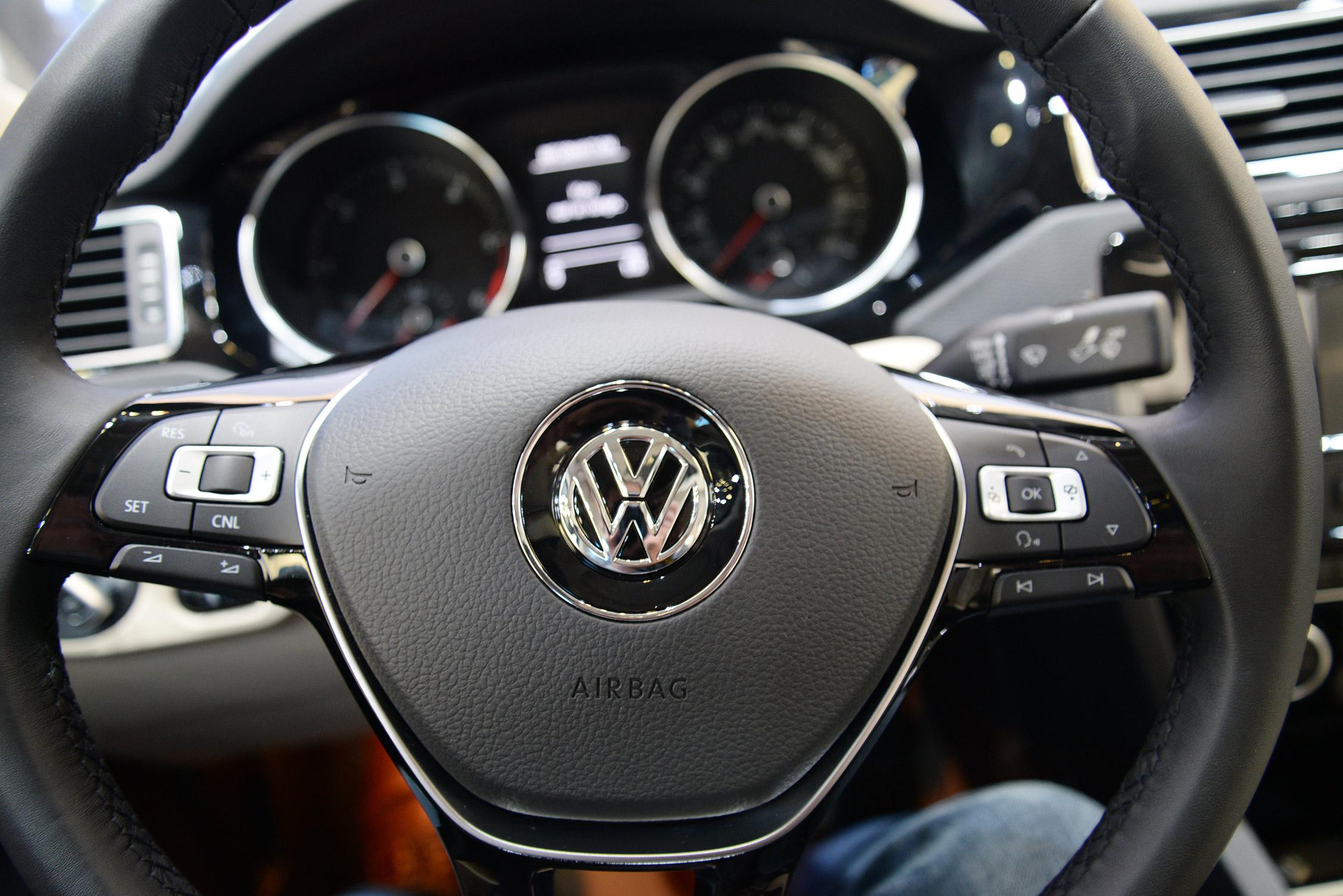 new-york-auto-show-volkswagen-017