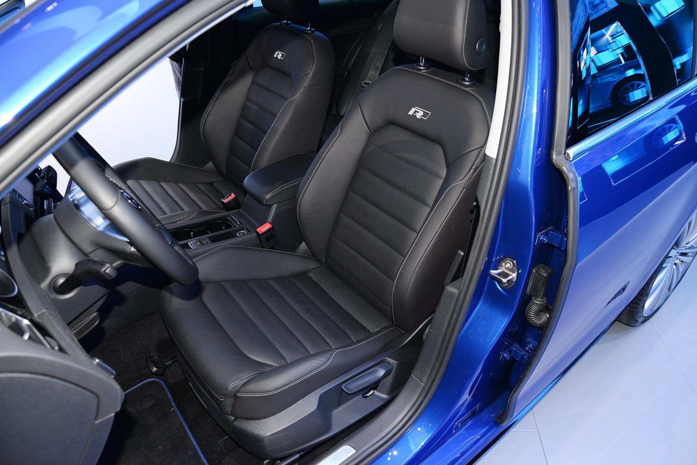 new-york-auto-show-volkswagen-024
