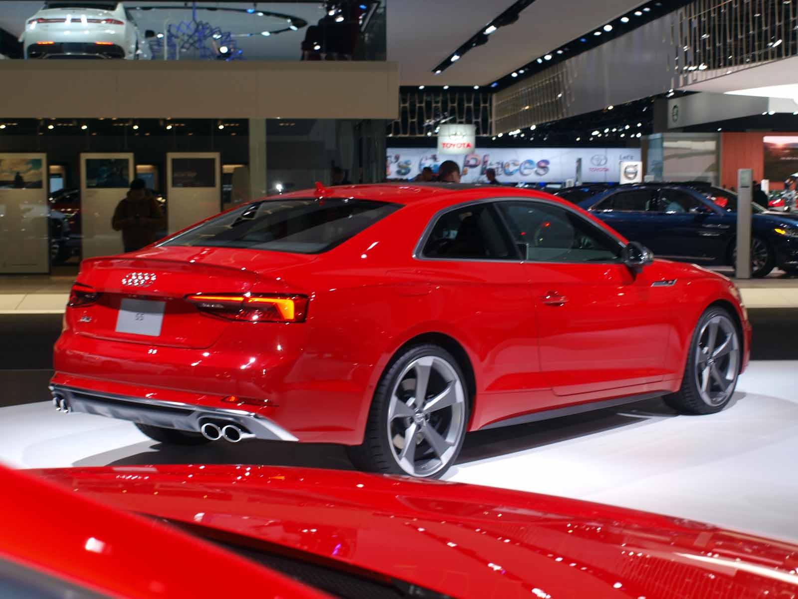 Audi exclusive Vegas Yellow RS 7 at Audi Henderson ...