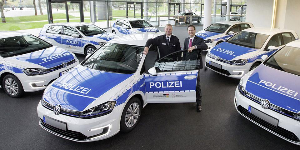 police-e-golf