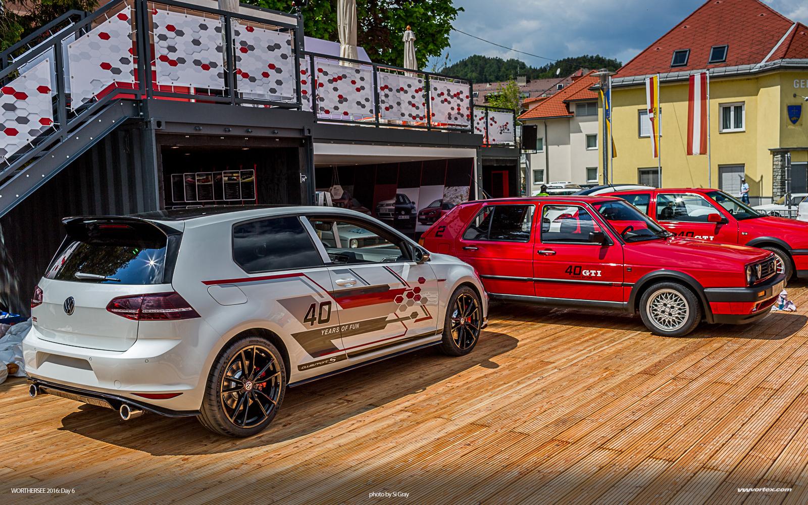Audi RS4 Avant red 2 110x60 photo
