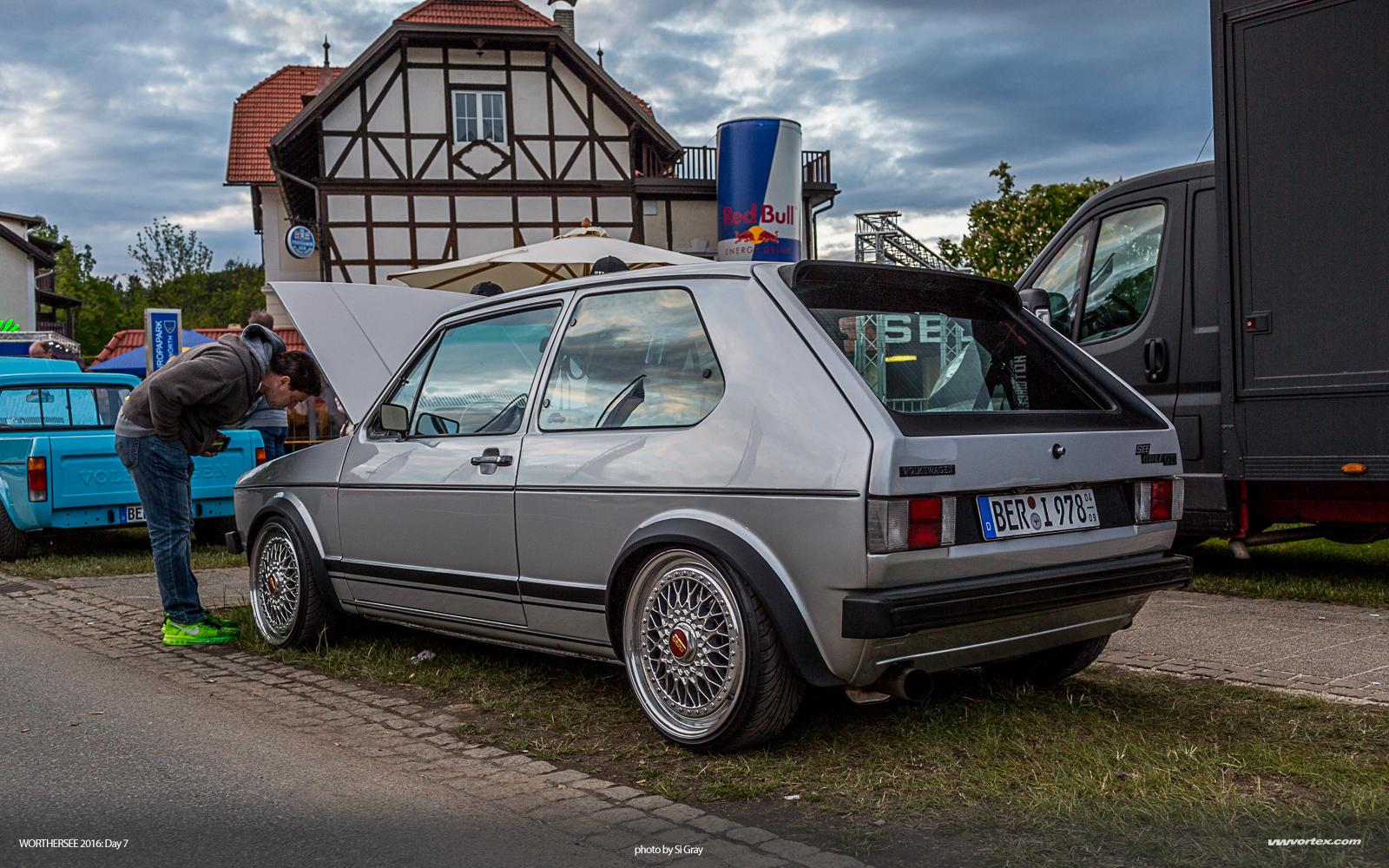 Audi A6L etron C7 2015 4021 960x480 photo