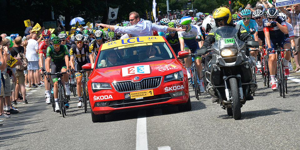 New Škoda Superb Delights as the  Red Car  of this year s Tour de France 7648acd03