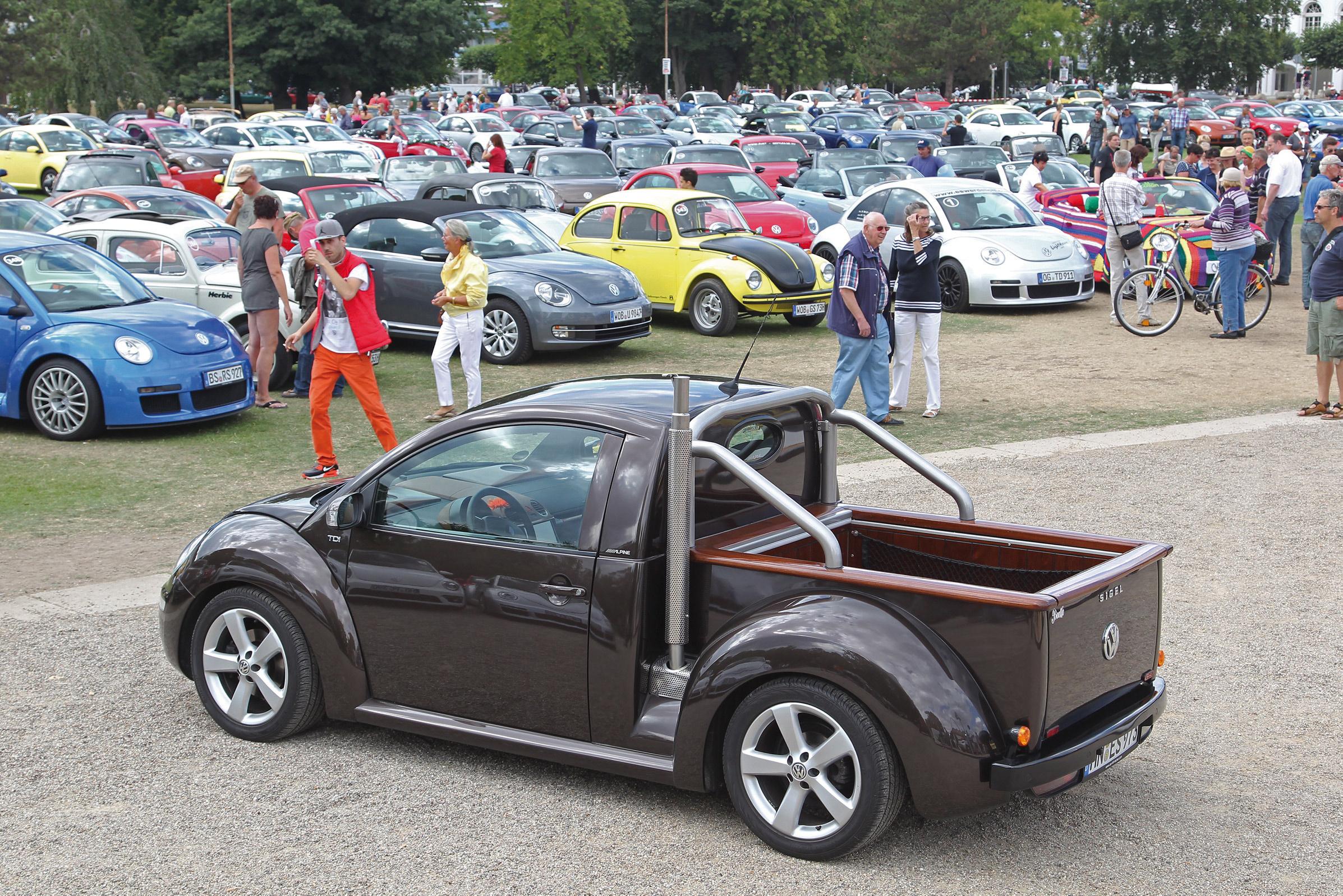 volkswagen-beetle-baltic-sea-2013-002