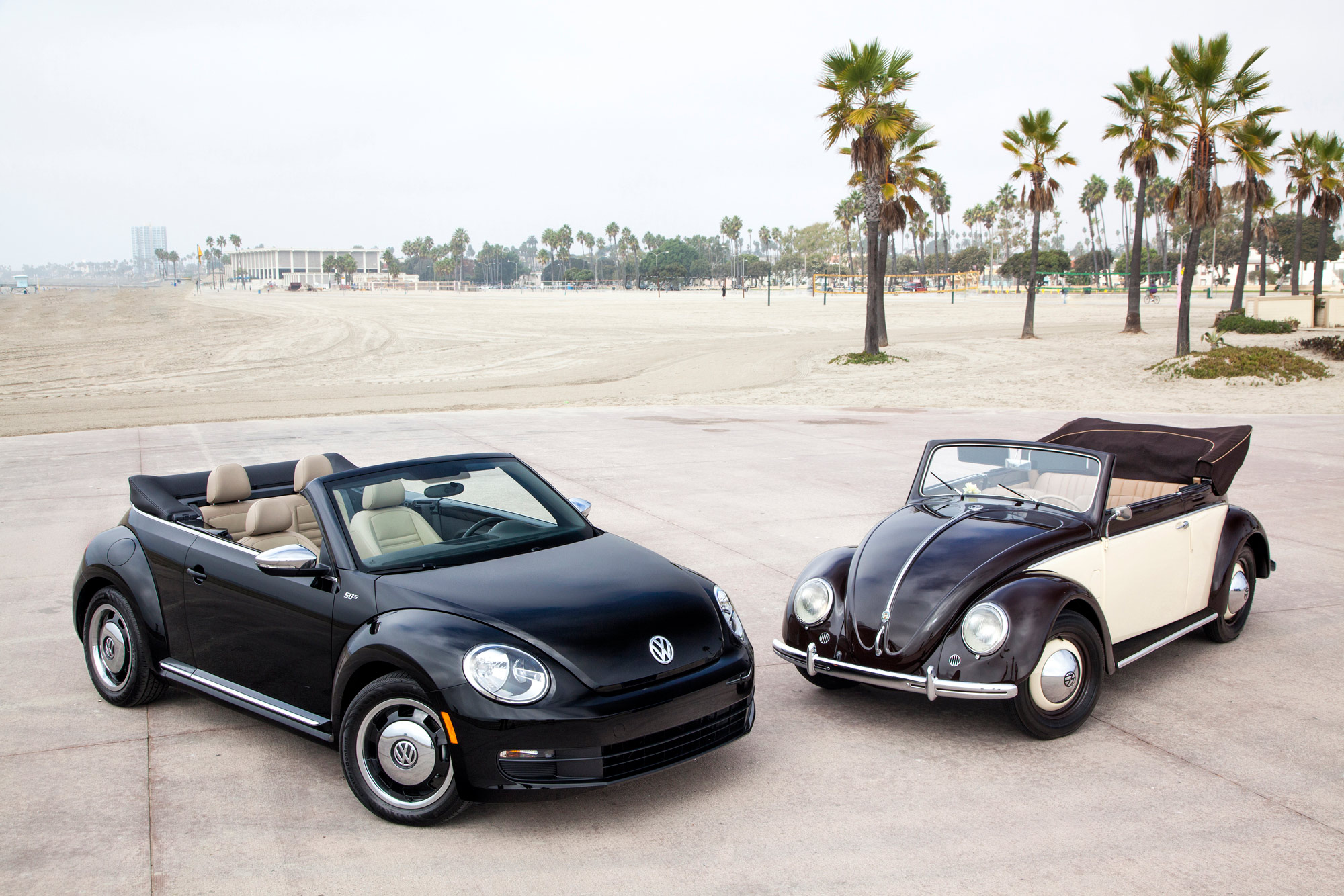 cars convertible beetle volkswagen cargurus pic overview