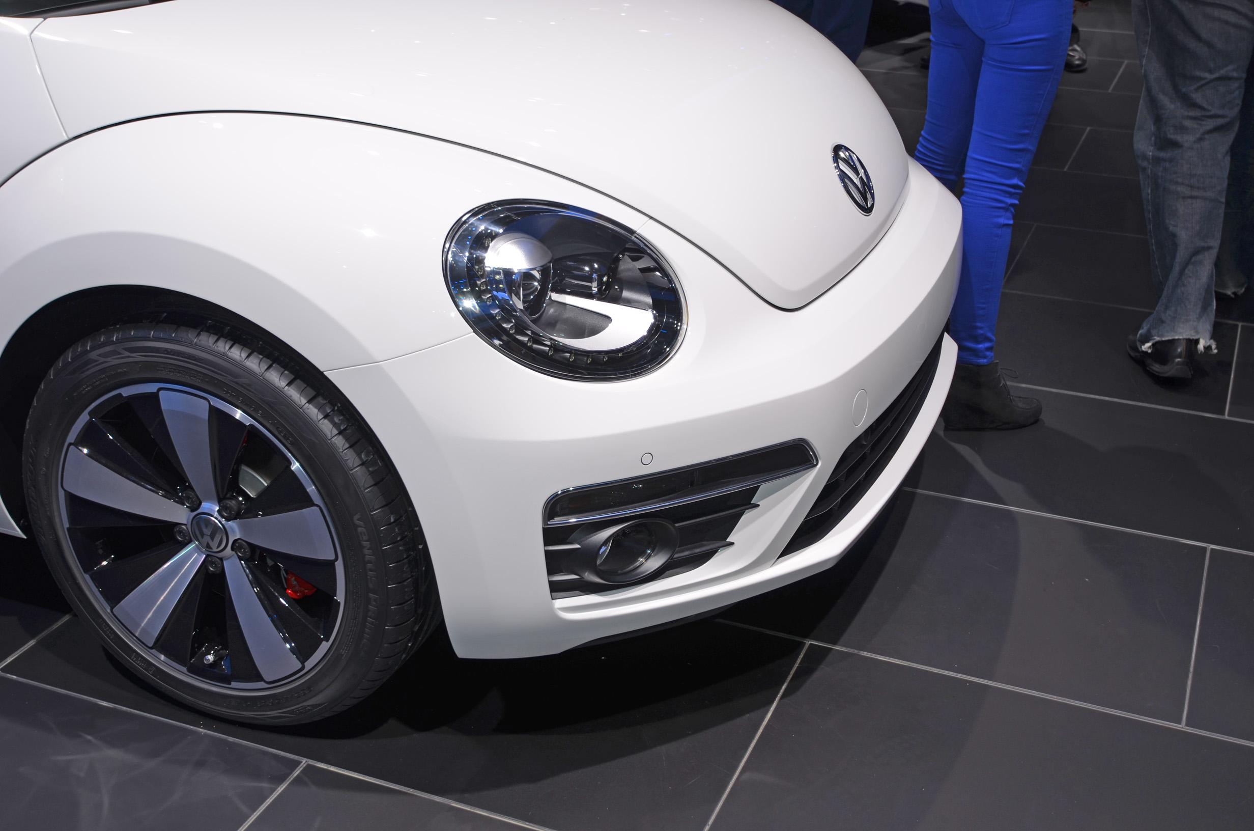 volkswagen-beetle-convertible-004