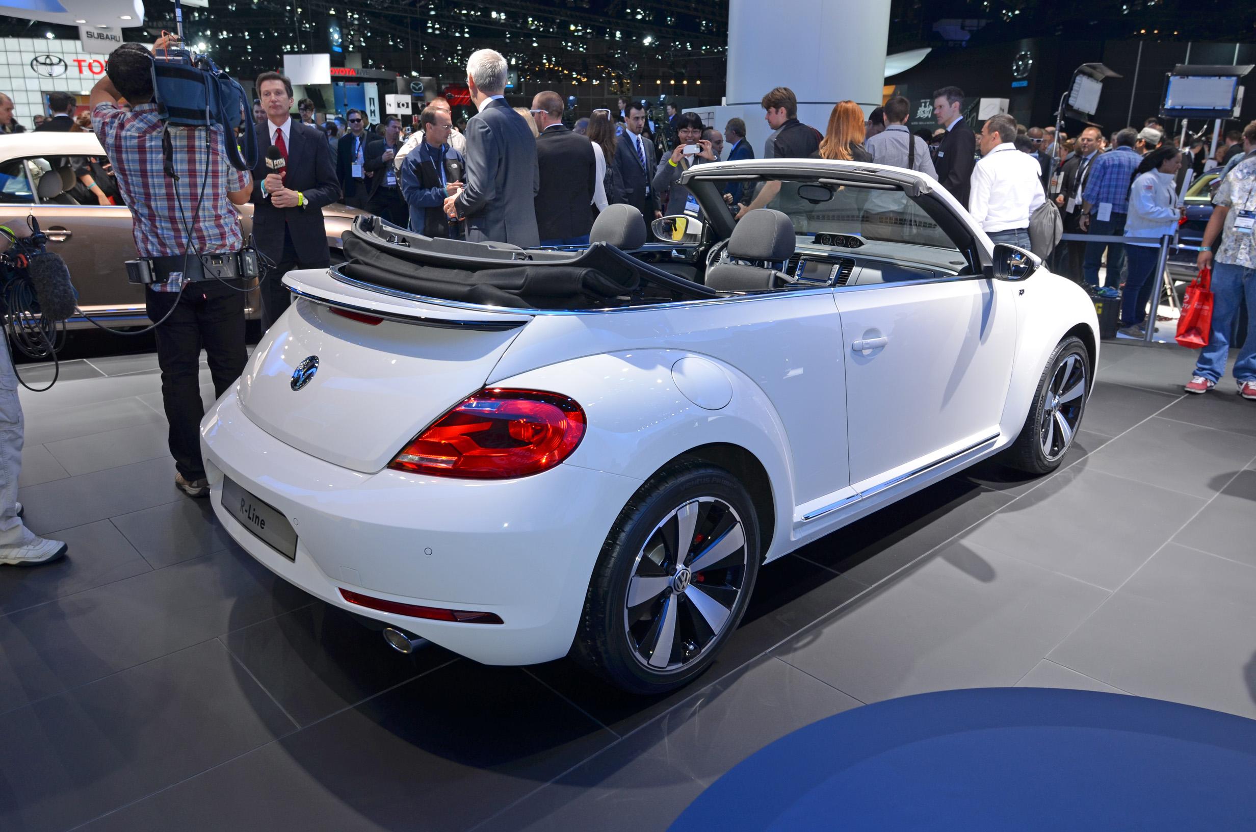 volkswagen-beetle-convertible-007