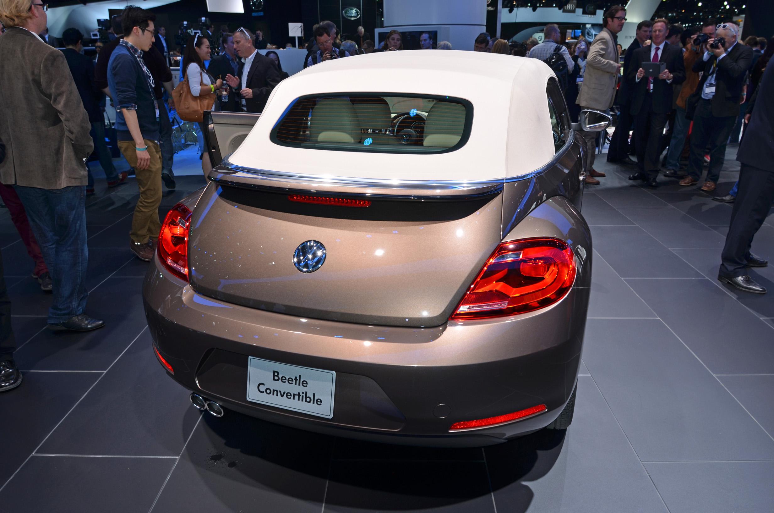 volkswagen-beetle-convertible-012