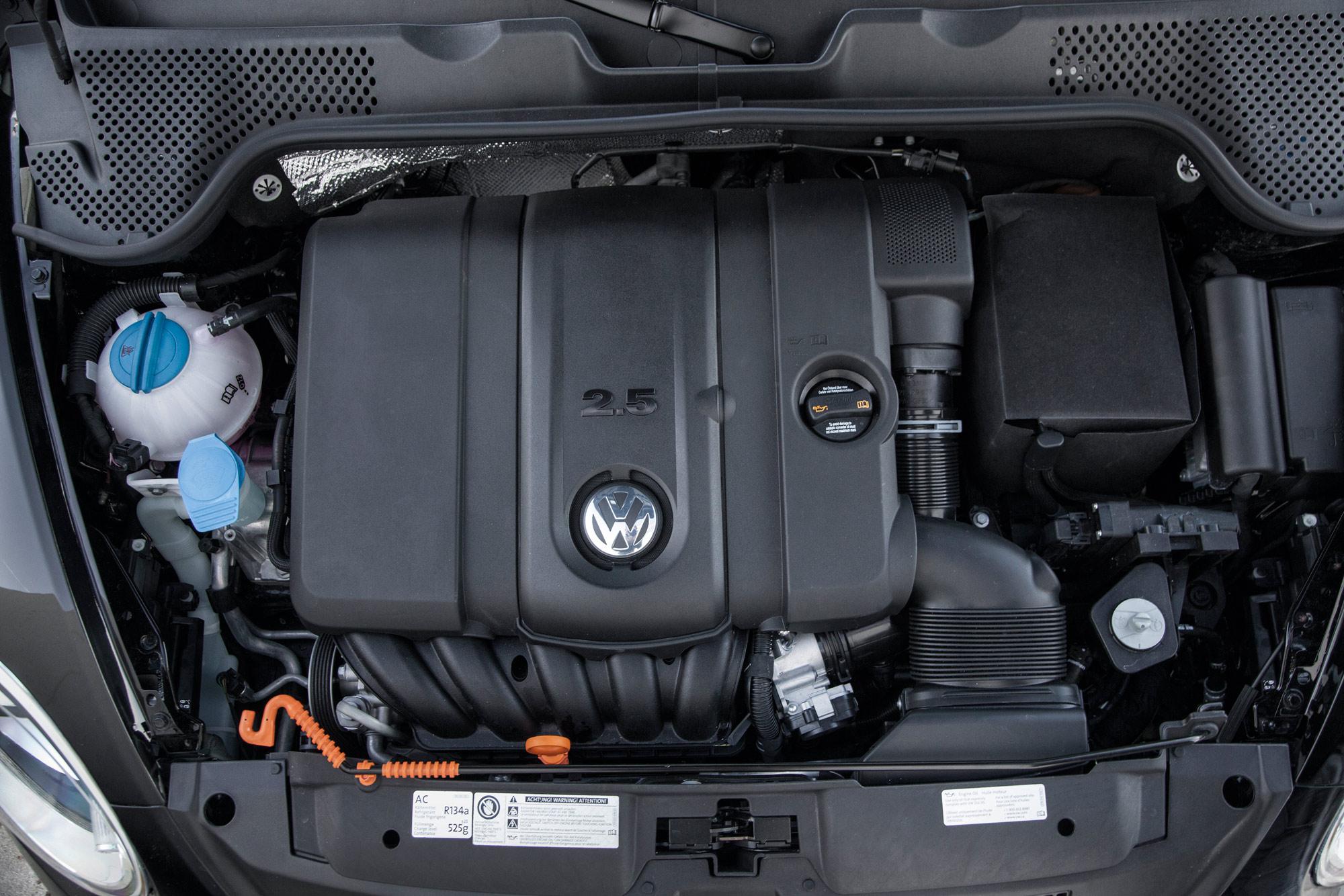 volkswagen-beetle-convertible-034