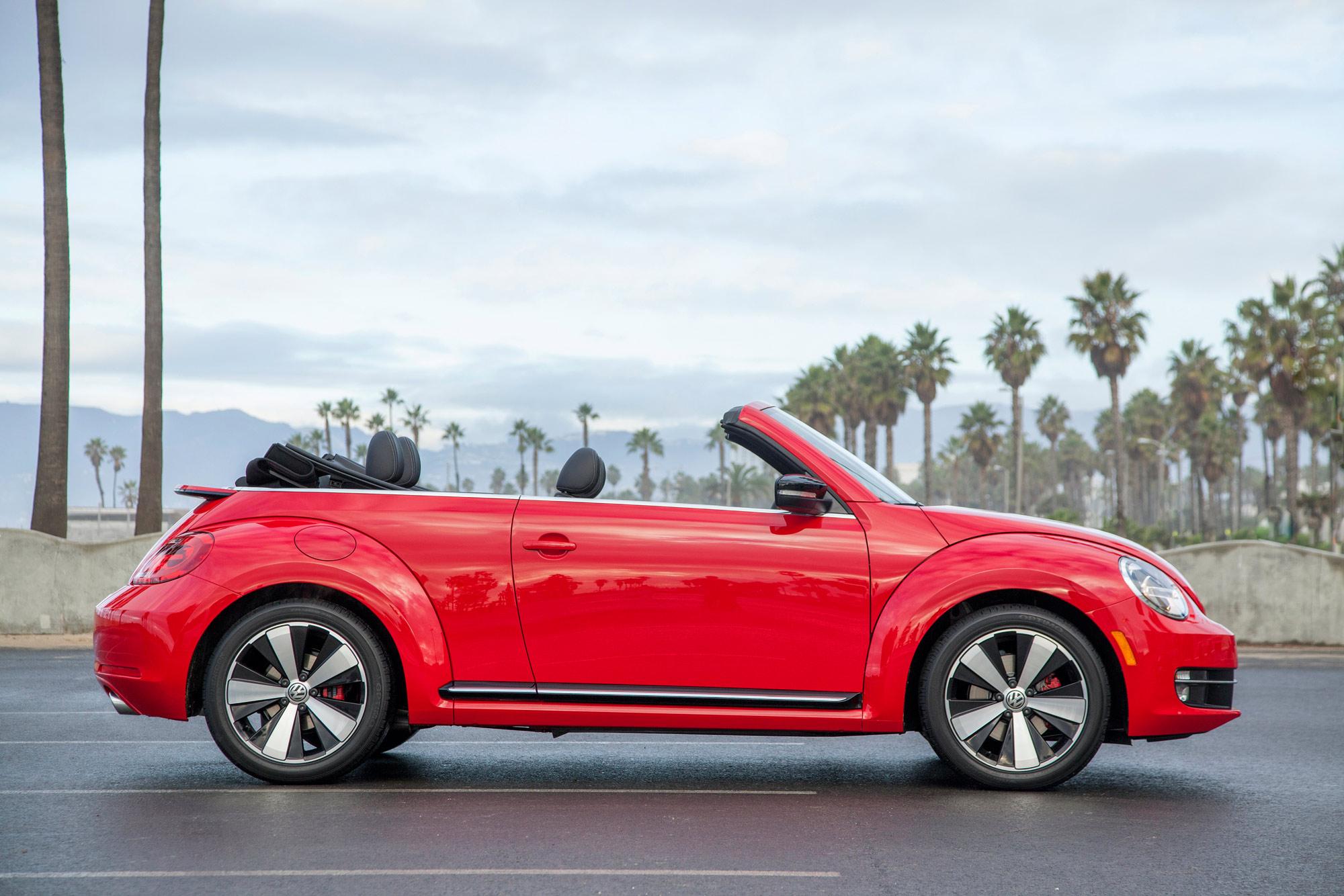 volkswagen-beetle-convertible-036