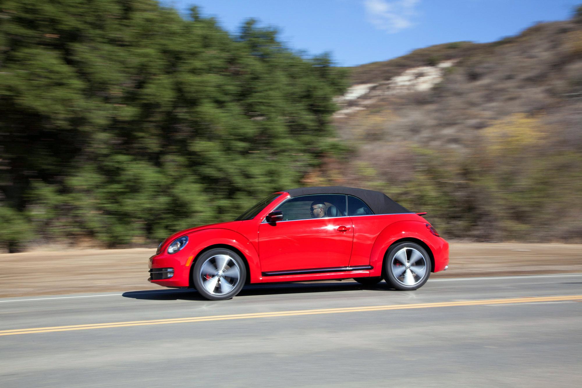 volkswagen-beetle-convertible-060
