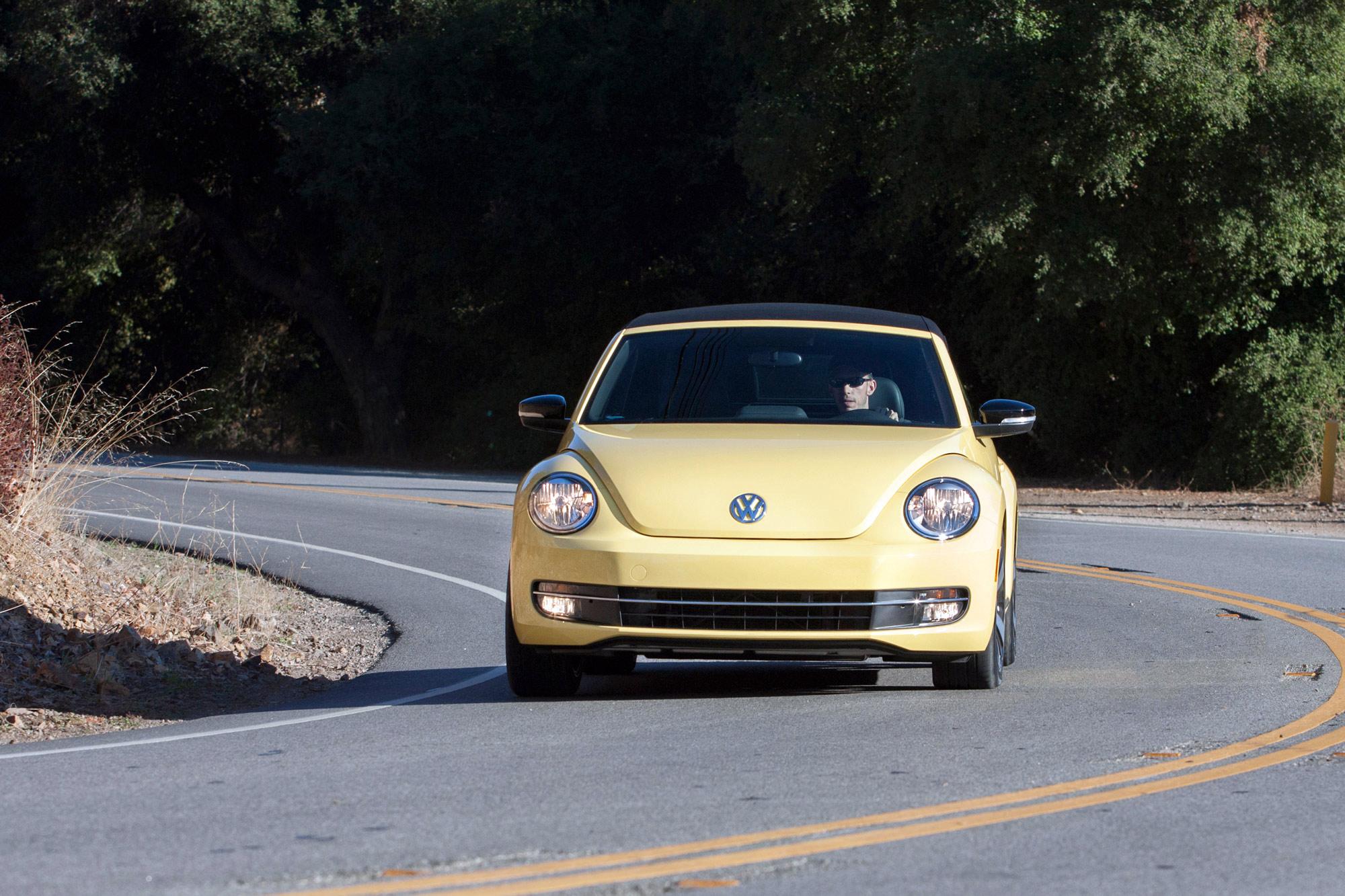 volkswagen-beetle-convertible-062