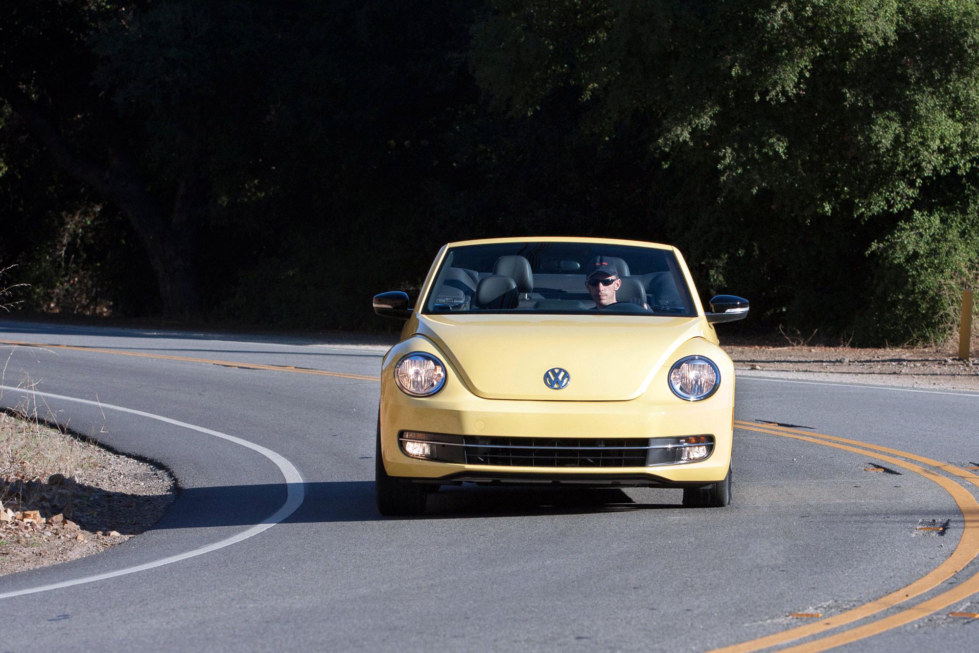 volkswagen-beetle-convertible-064
