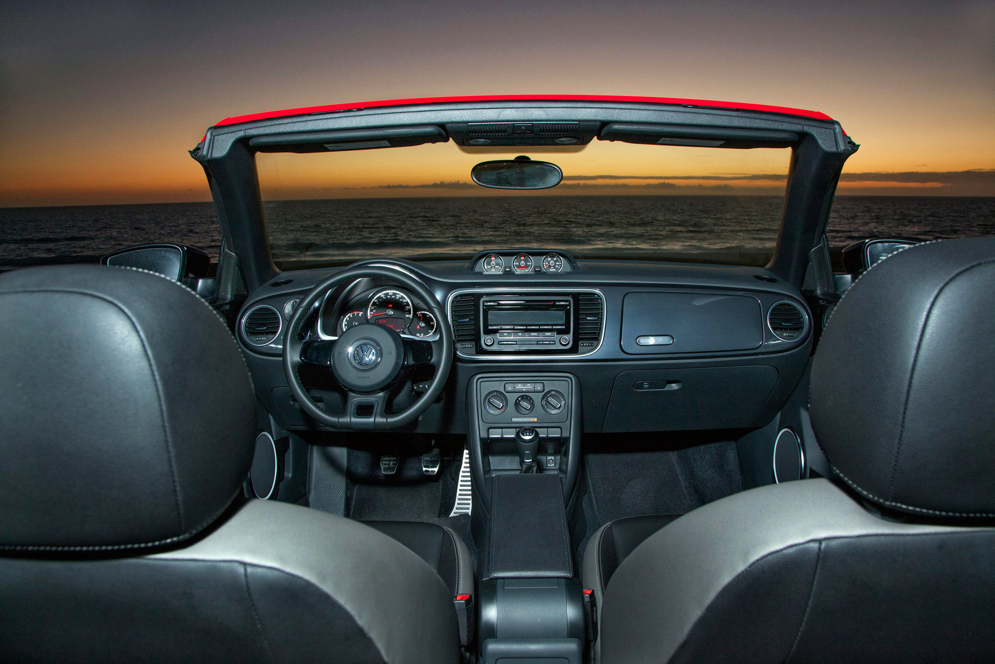 volkswagen-beetle-convertible-070