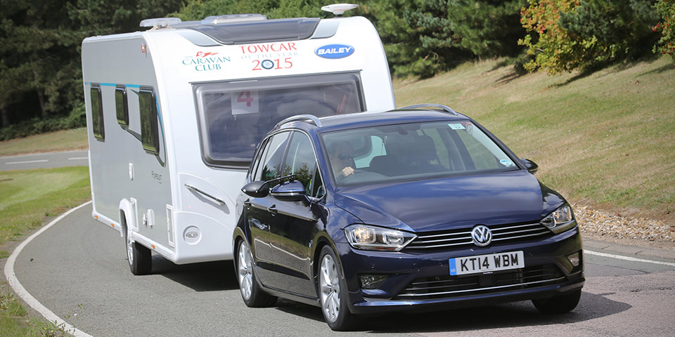 volkswagen caravan car 600x300