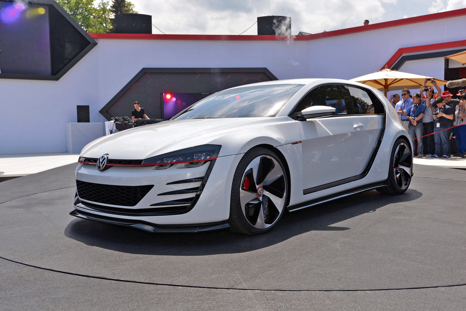 volkswagen-design-vision-gti-worthersee-018