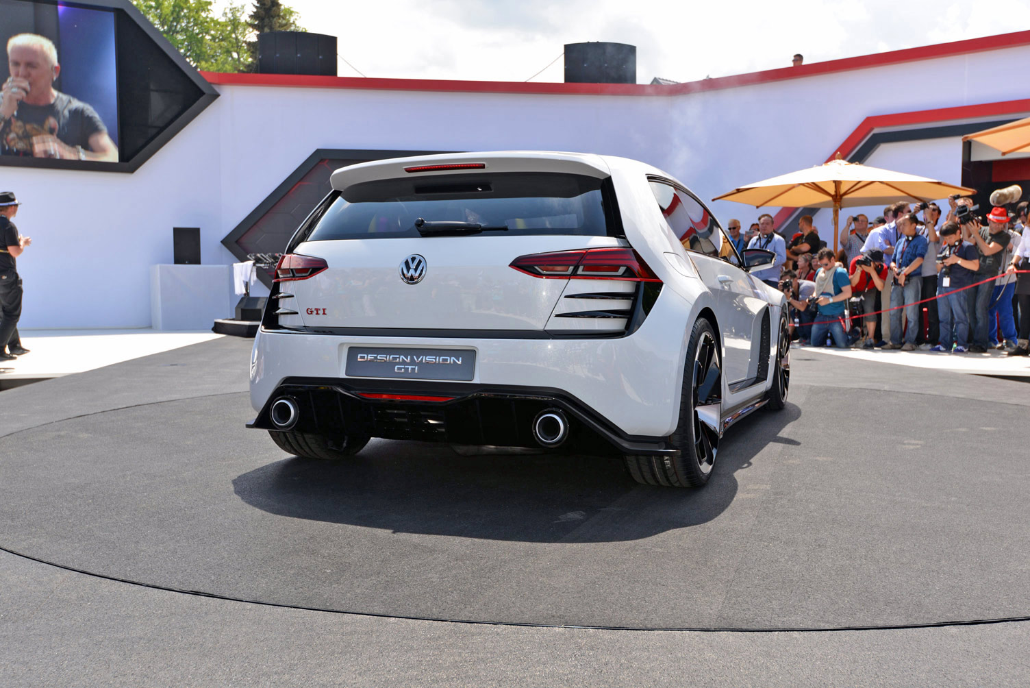 volkswagen-design-vision-gti-worthersee-025
