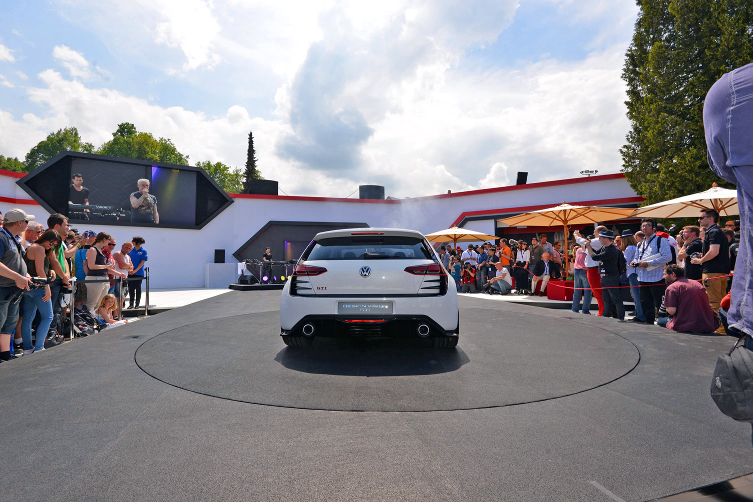 volkswagen-design-vision-gti-worthersee-028