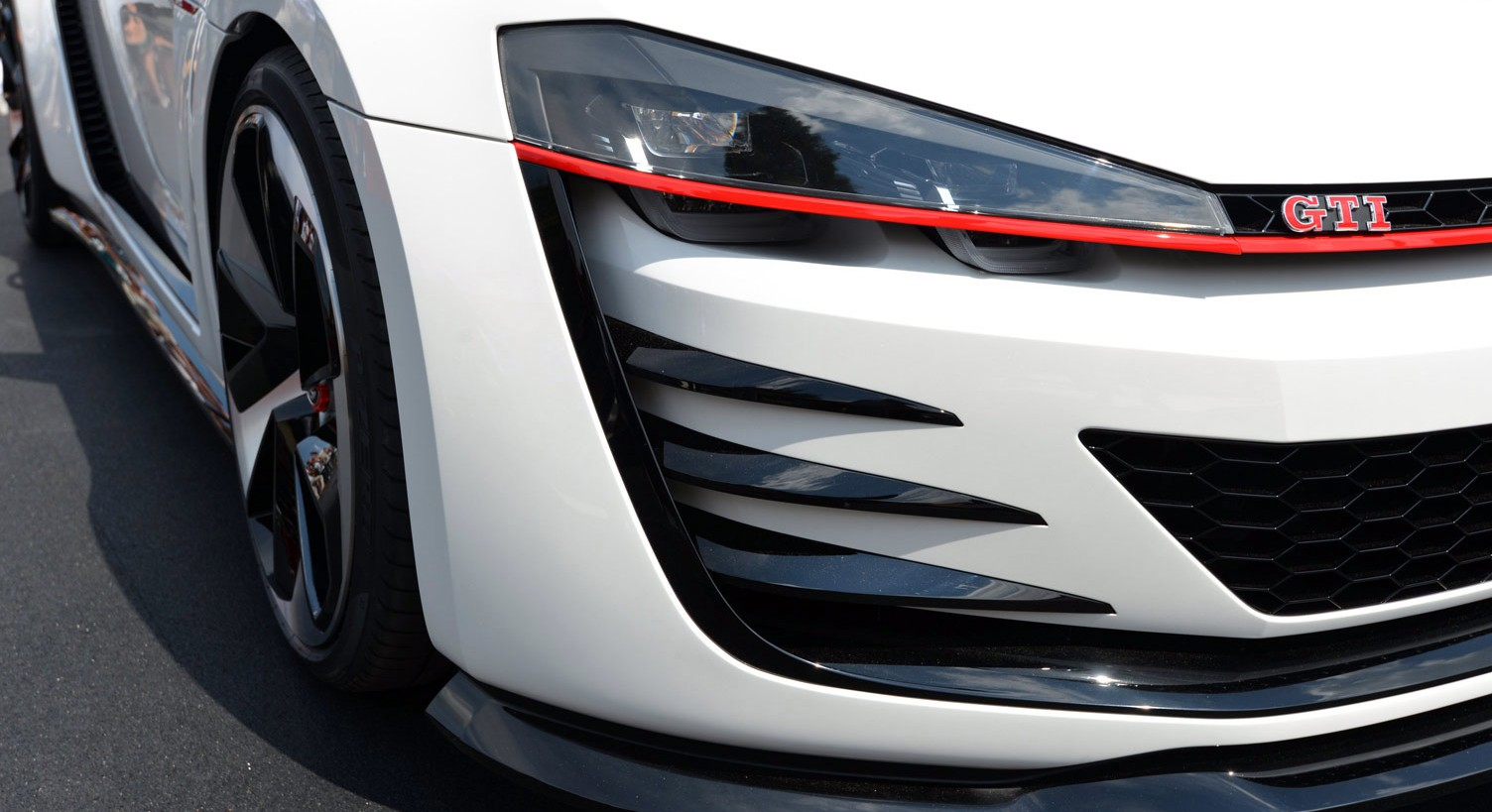 volkswagen-design-vision-gti-worthersee-040