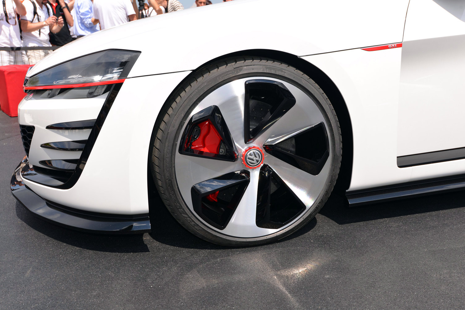 volkswagen-design-vision-gti-worthersee-043