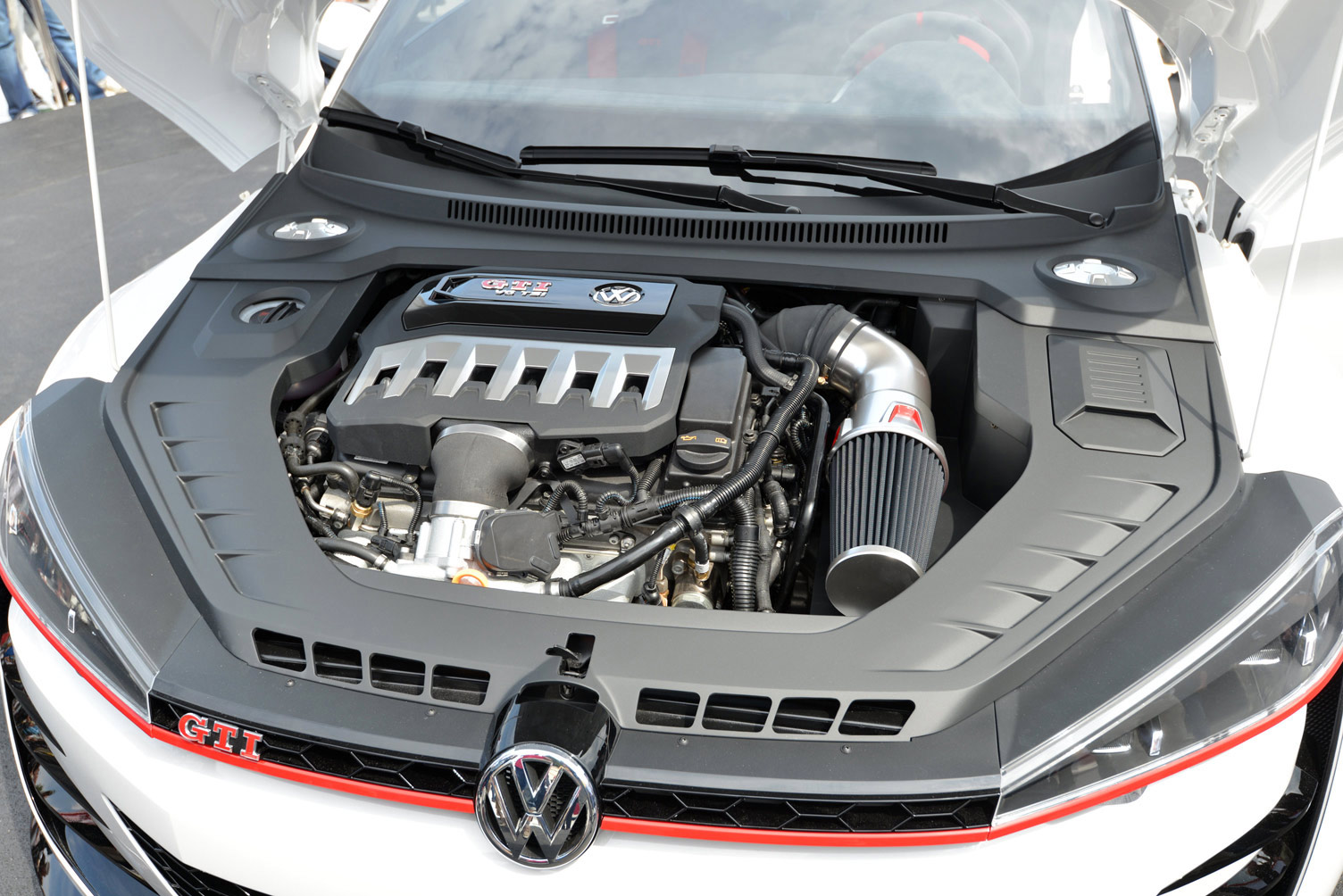 volkswagen-design-vision-gti-worthersee-054