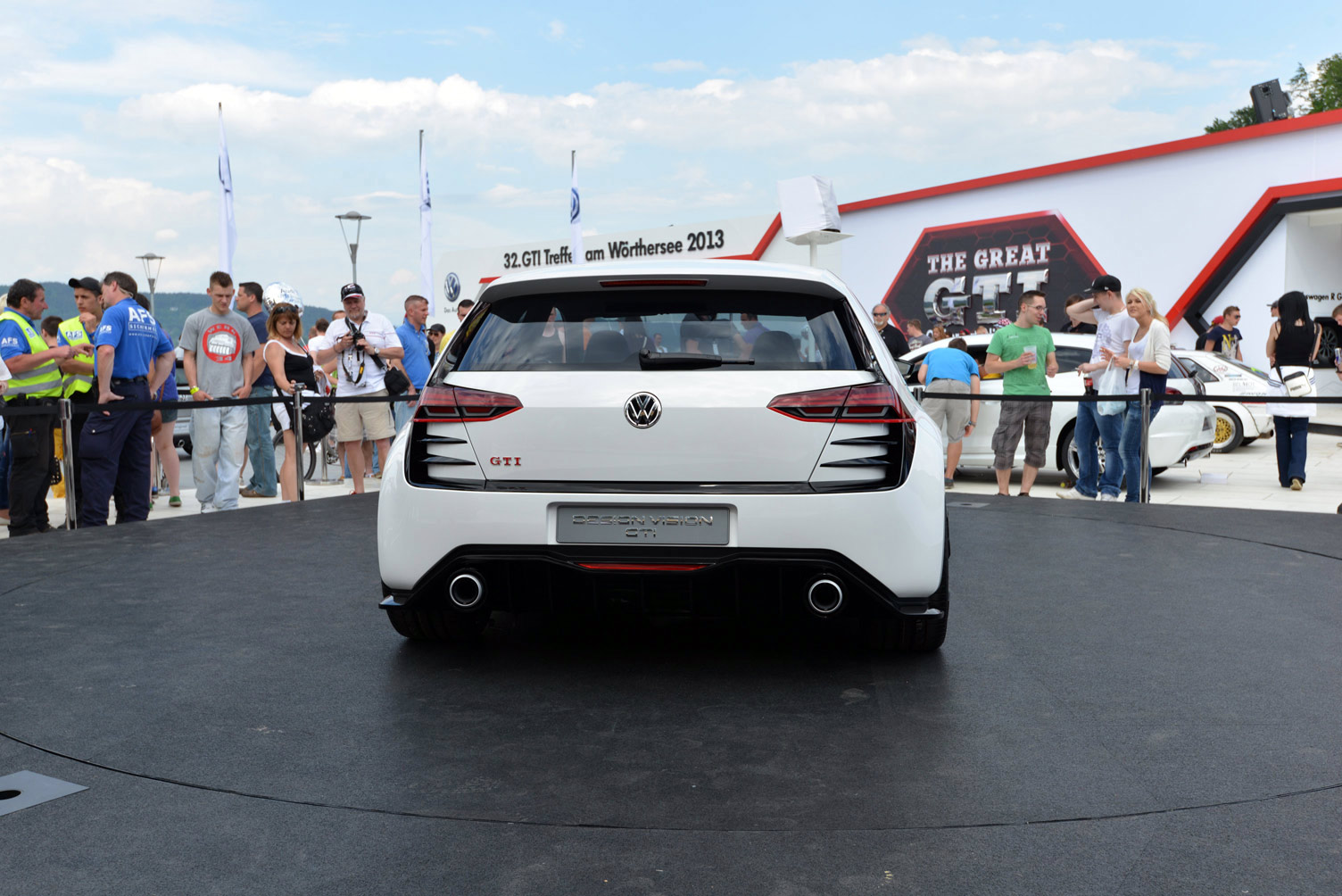 volkswagen-design-vision-gti-worthersee-064