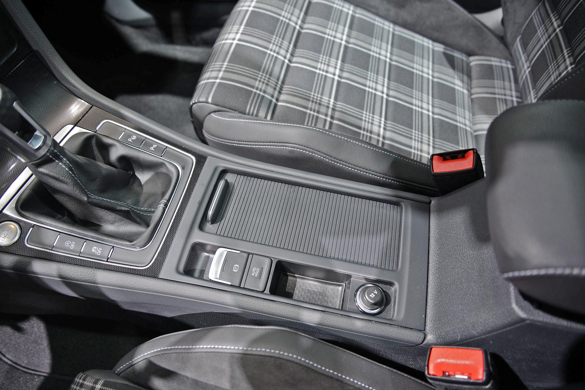 volkswagen-golf-7-gtd-011