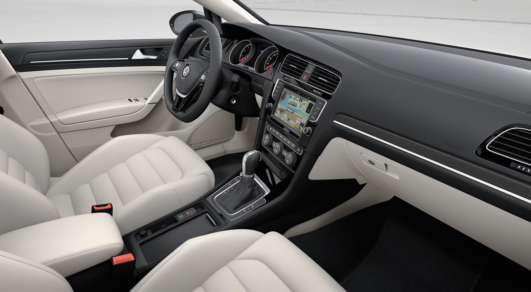 Volkswagen Golf 7 Interior 7