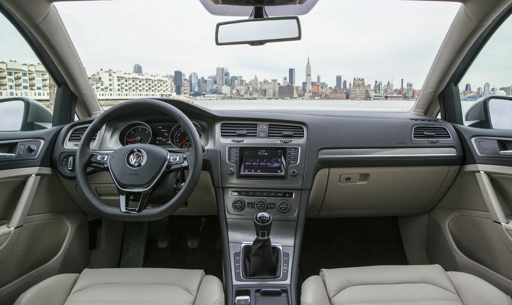 volkswagen-golf-7-new-york-008